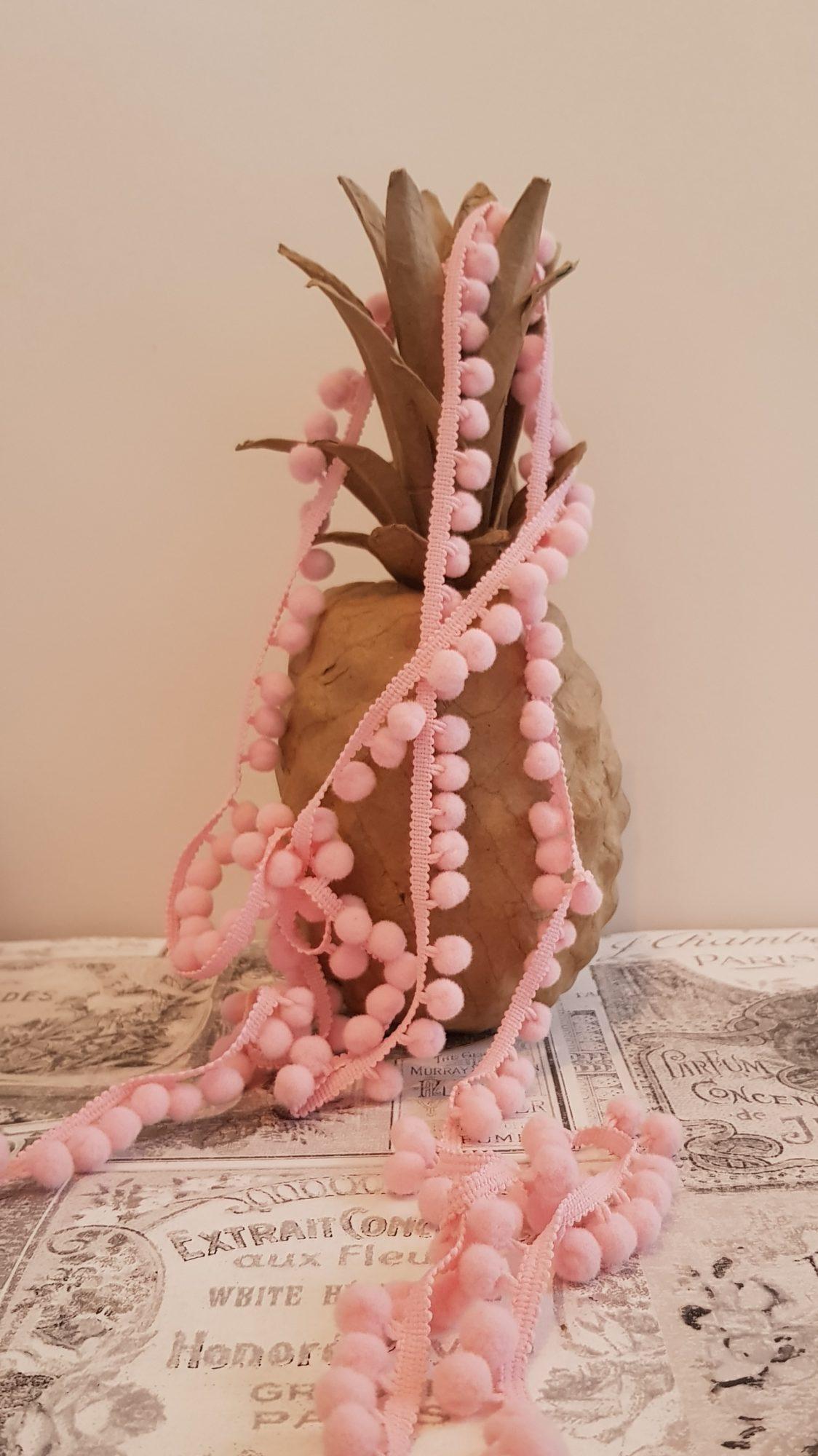 Mini Bobble Trim - Pale Pink