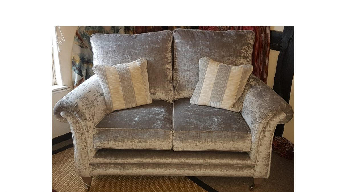 Avebury 2Str Sofa - Clearance