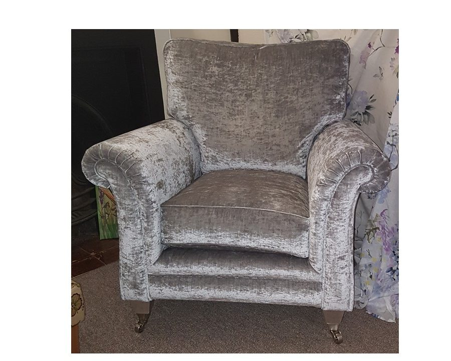 Avebury Easy Chair - Clearance 1